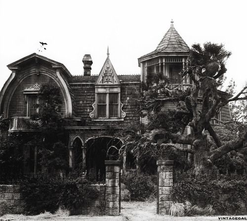 vintagegal:    The Munsters house, 1313 Mockingbird Lane