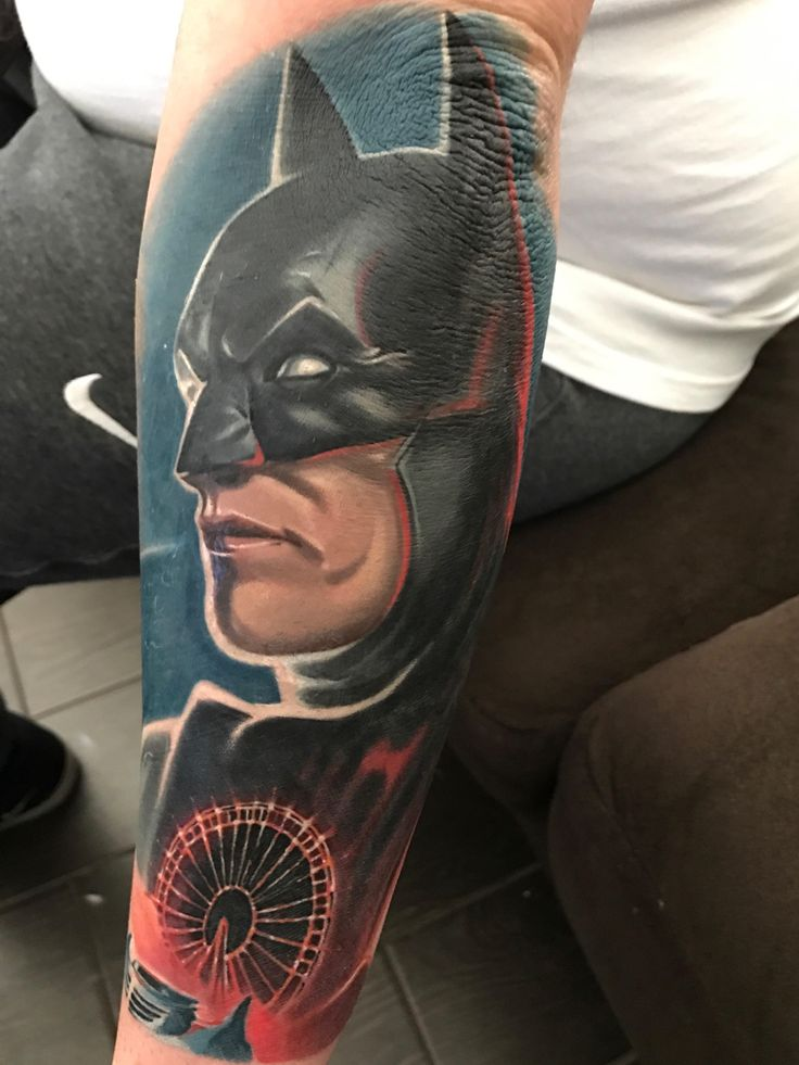 1000 ideas about batman tattoo on pinterest comic for Black anchor collective tattoo