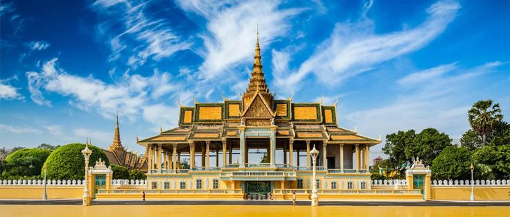 The holiday was established to celebrate the anniversary of Cambodia's independence from France on 9 November 1953 and is Cambodia's national holiday.