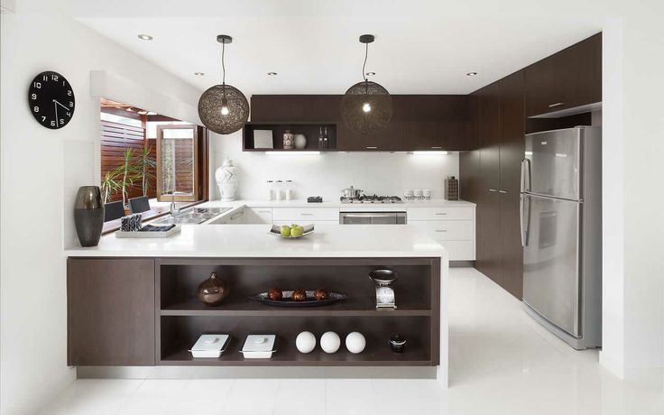 Metricon Home - Kalarney. Like the idea of a servery via the kitchen with bi-fold doors. A great entertainer!
