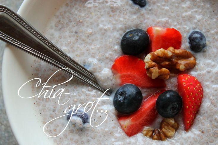 Chia - grøt med blåbær og vanilje...