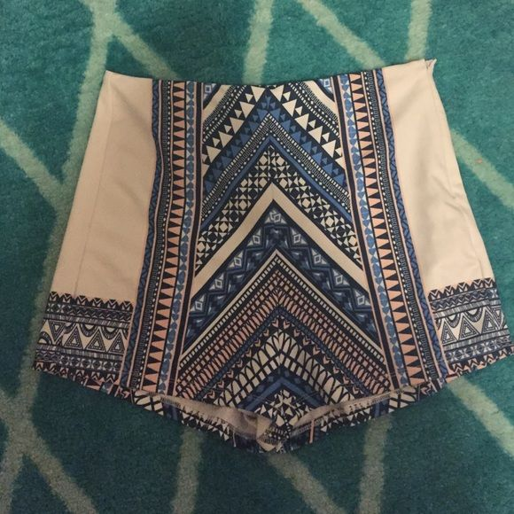 High waisted shorts Aztec blue patten print on soft material with a side zipper. Great condition! { no trades/swaps; currently only selling } MAKE ME AN OFFER  Apricot Lane Boutique Shorts