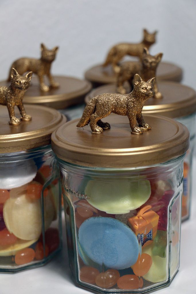 Fantastic Mr Fox 1st Birthday Party - fox candy jars party favours (via exexp.at)
