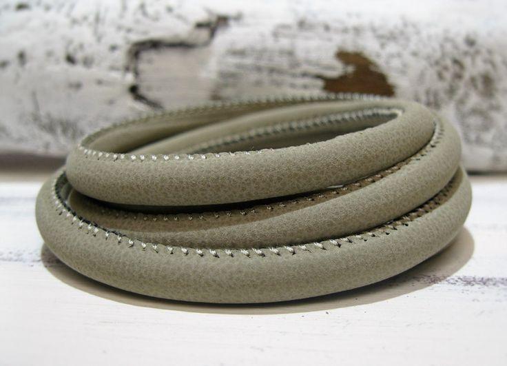 50cm Lederband grau beige rund gesteppt von ChaPu auf DaWanda.com