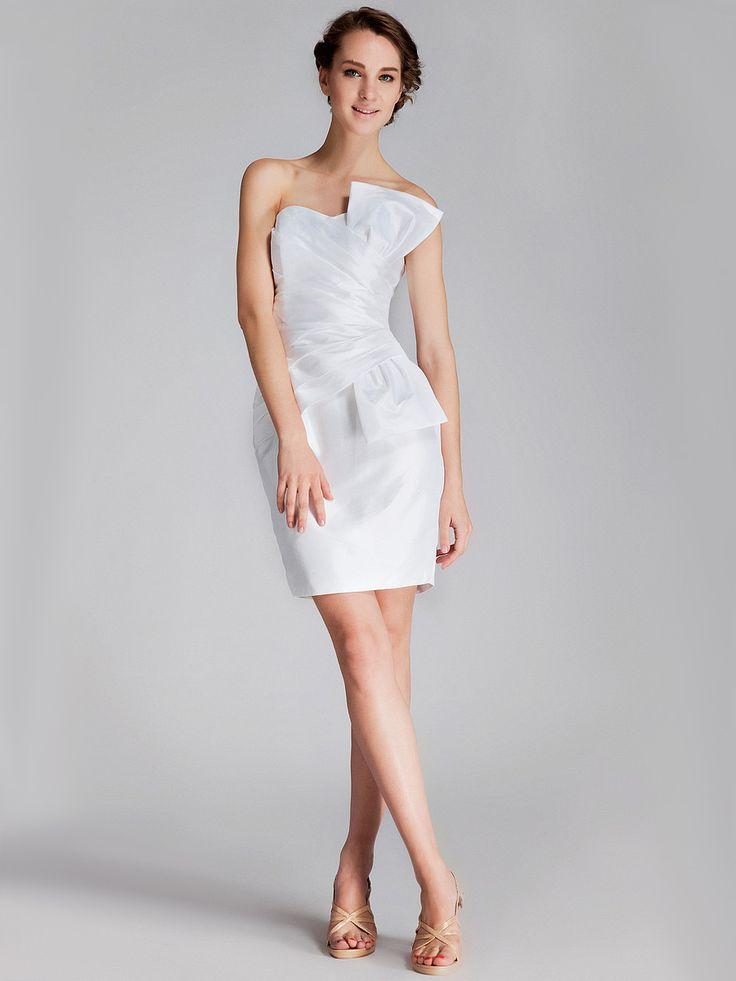 Style No.0sp00579,Pleated Taffeta Little White Dress,US$135.99