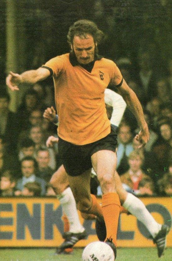 Derek Dougan Wolves 1972