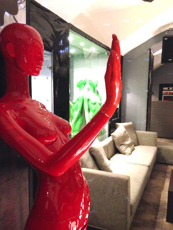 "#design #interior #club #fashion #mannequins #milano #colorful #red #fusion #restaurant #italy #fashionblogger  #vegetarian #purple  #turquoise #food #accessories #tshirt #style #interiordesign #cool #amazing #italy #italian ristorante cucina fusion food per celiachi e vegetariani, ""Dunque"" ristorante elegante eventi zona brera milano, abc mannequins, automa styl..."