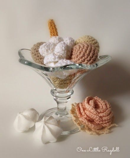 virkattu kermavaahto -ohje [pattern for crochet whipped cream]  * by One Little Ragdoll