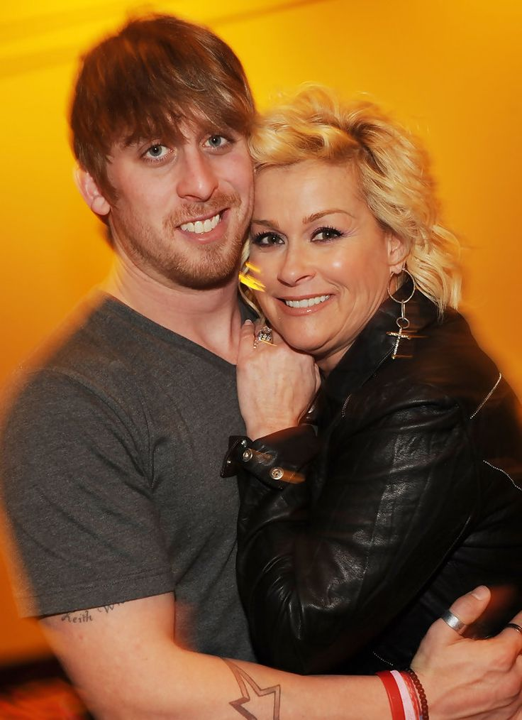 Lorrie Morgan - Lorrie Morgan Introduces Her Son Jesse Keith Whitley