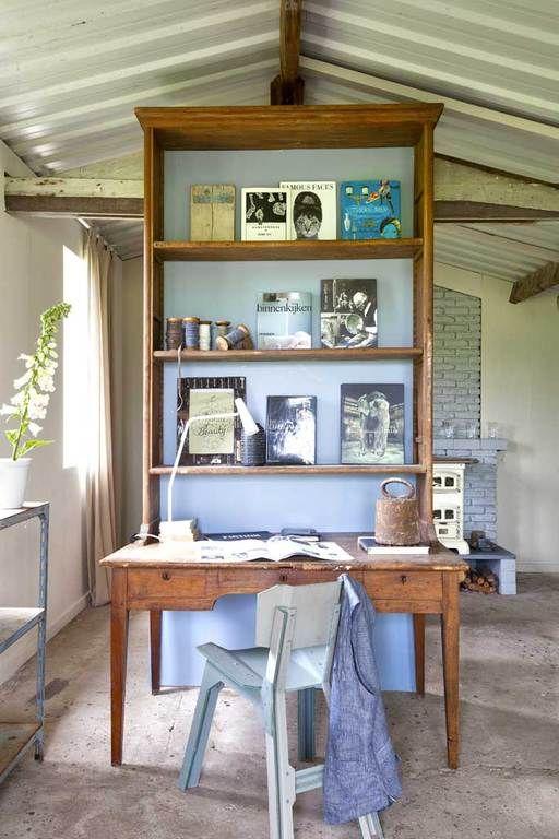 Weer eens iets anders dan een thuiskantoor weggemoffeld in een klein kamertje. Photo by Jansje Klazinga JKF®