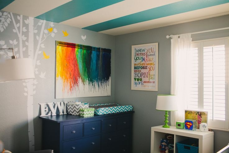 DIY Crayon Artwork - such a fun colorful touch to this nursery! #nursery #DIY #wallart: Boys Nurseries, Patterns Nurseries, Boys Rooms, Projects Nurseries, Crayons Art, Baby Rooms, Gray Wall, Stripes Ceilings, Kids Rooms