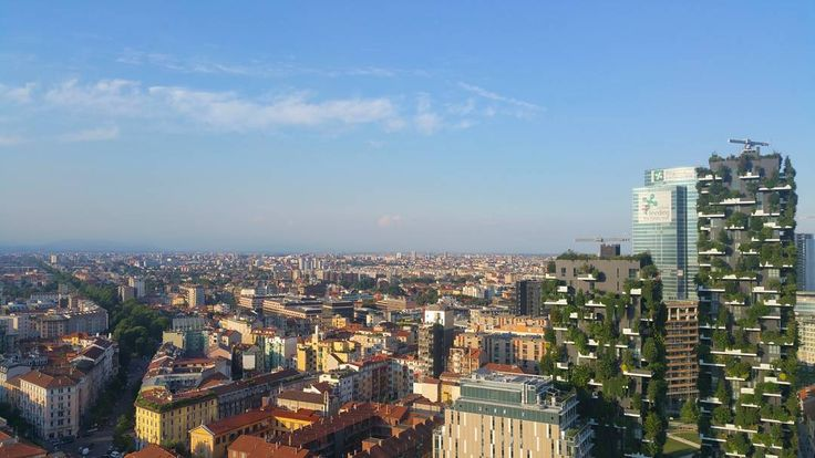 I just love my beautiful city  #Milano #Italia #Wiko #Wim #Skyline #Milan #cielo #sky #blue #boscoverticale #amazing #beautiful