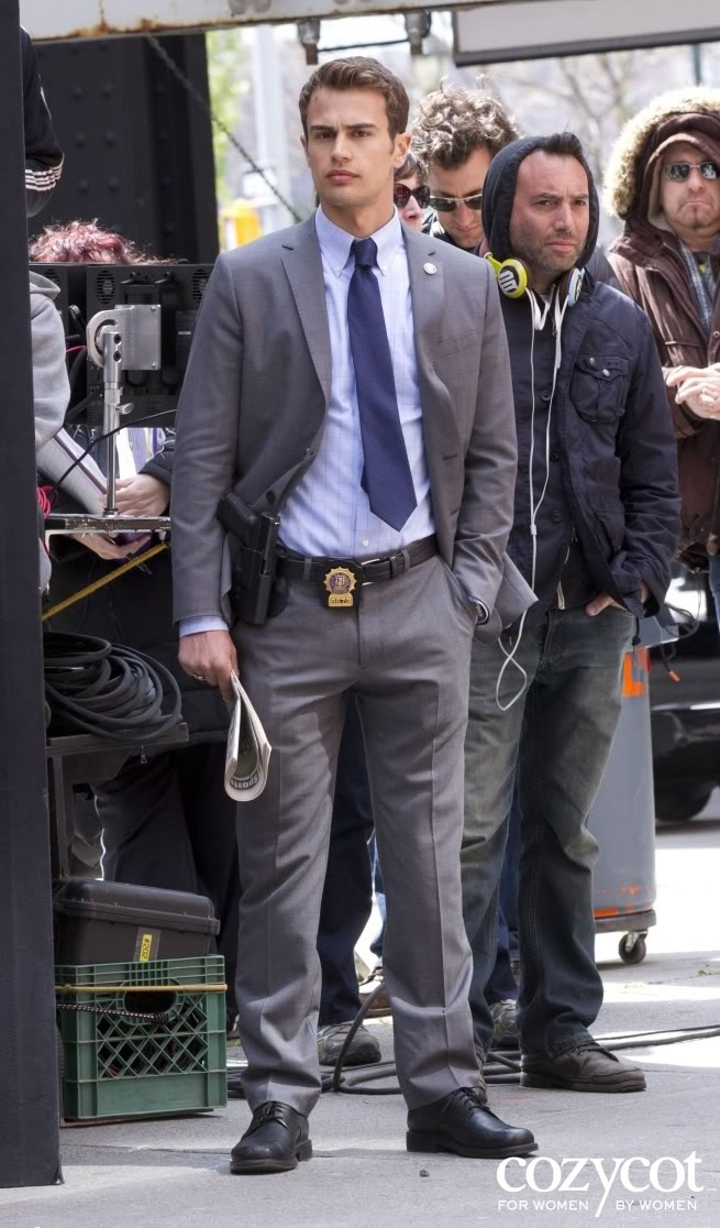 ***Cancelled***Golden Boy - premieres Feb 26, 2013 CBS: a drama about the meteoric rise of an ambitious cop who becomes the youngest… | Theo James-HOT! | Pinte…