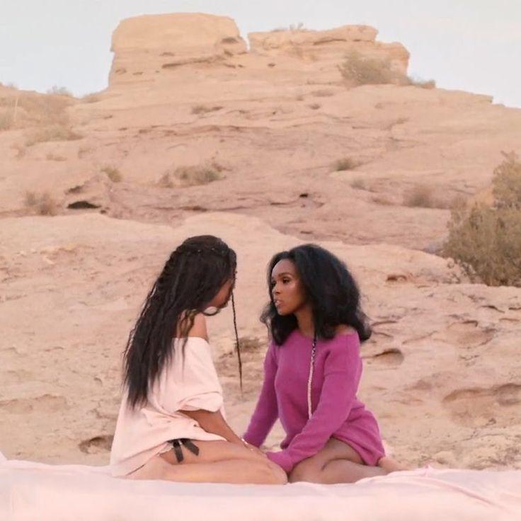 Pin by ᎶᎥᎶᎥ on ︎ pink ︎ in 2020   Black lesbians, Janelle