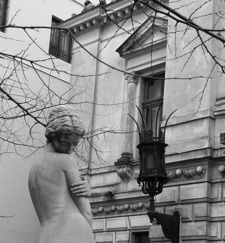 *Zoom on Bucharest*  Monteoru House from Bucharest, Romania
