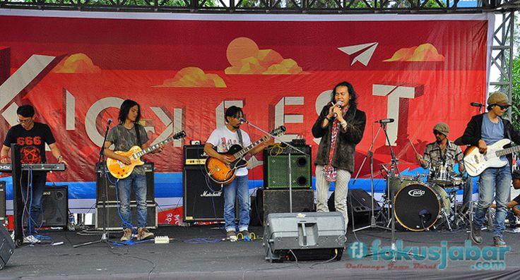 Aksi De Tohtor Getarkan Ajang Kick Fest 2015