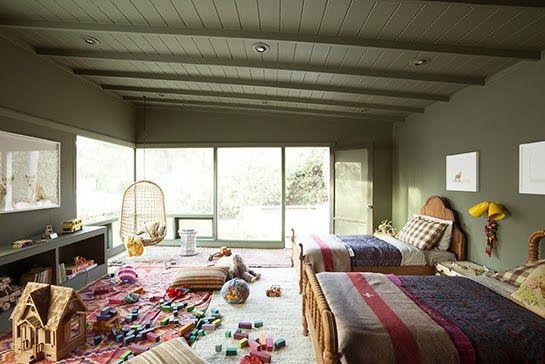 chambre d enfant en vert kaki une chambre chambre enfant chambre