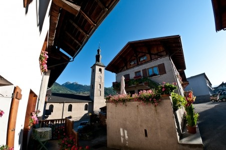 Lovely Village House, Character and Contemporary Style 2 Bedrooms, Terrace, Parking Space, Macot, La Plagne Paradiski  In the thriving village of Macot, La Plagne less than 15 mins from the 6 man La Roche (1600m) chairlift or the valley villages of Montalbert and Montchavin that all link into La Plagne, Paradiski. The valley town of Aime is only 5 minutes away for a choice of local services.    Approx 80 sq. m over two floors with the ADDED BONUS of the loft space to be developed.  E199
