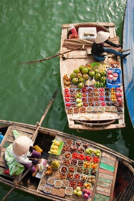 Vietnamese Floating Market  #colorful   #vietnam #floatingmarket