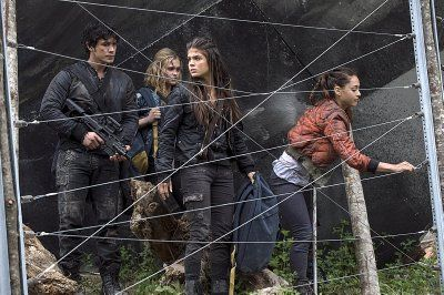 Eliza Taylor, Bob Morley, Marie Avgeropoulos, and Lindsey Morgan in The 100 (2014)