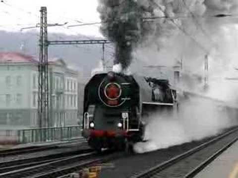 Loko 475 179 a zvláštní parní vlak