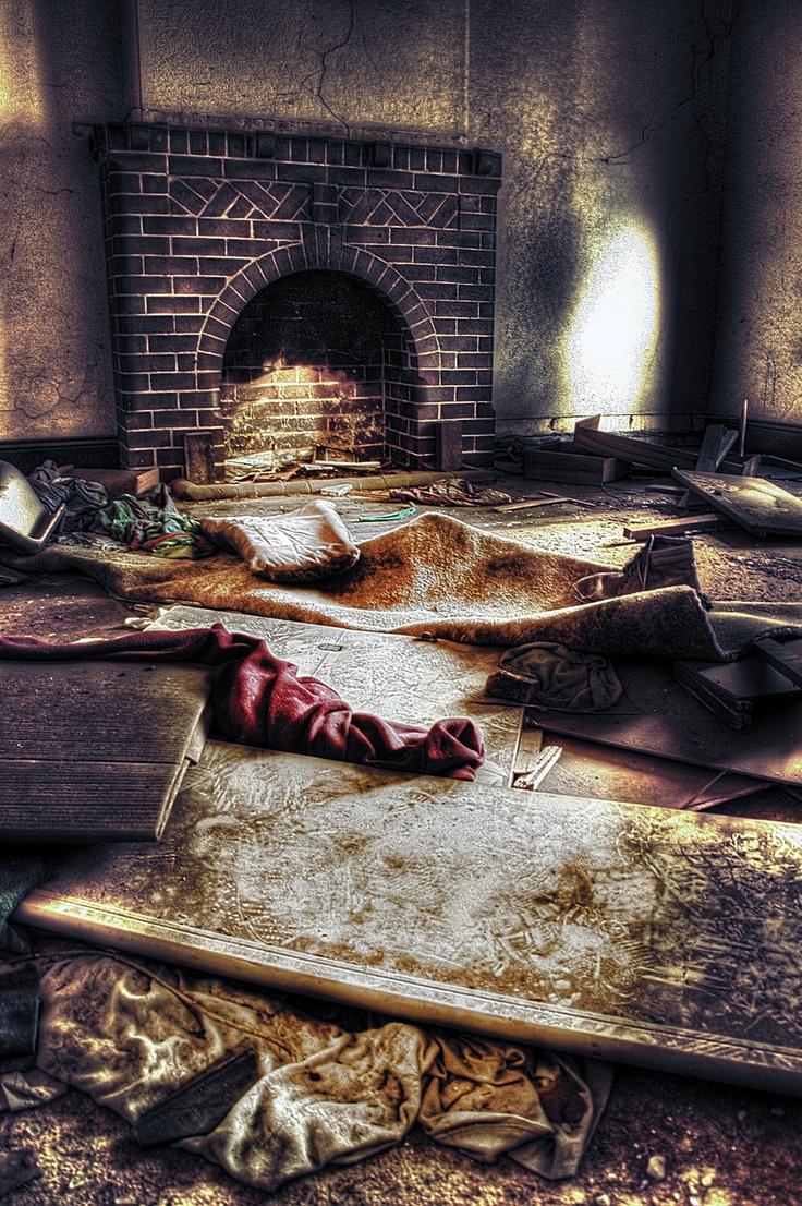 Abandoned_houses6 by RichardjJones.deviantart.com