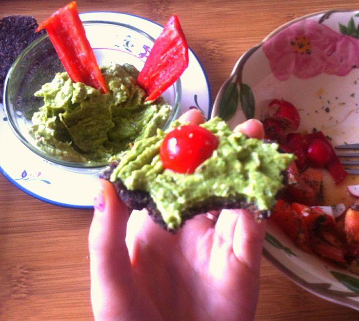 Pesto, salad and raw bread