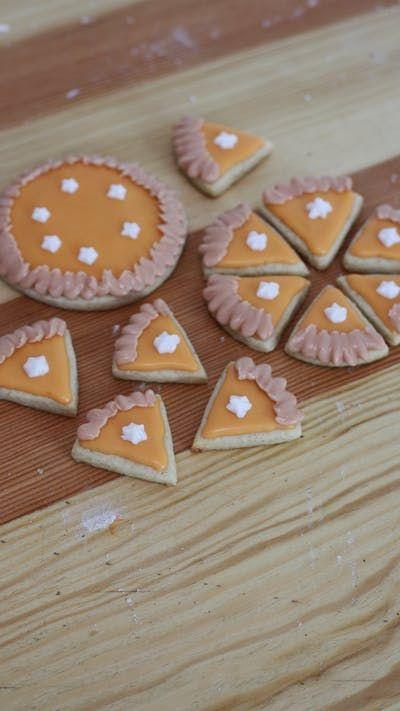 These delicious sugar cookies taste like pumpkin spice and look like slices of pumpkin pie!