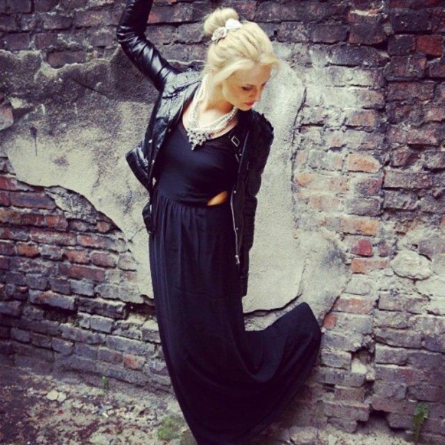 Zapraszam na mojego bloga:) http://sileshion.wordpress.com #black #white #blond…