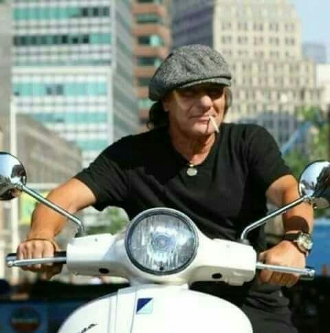 Brian Johnson - AC/DC
