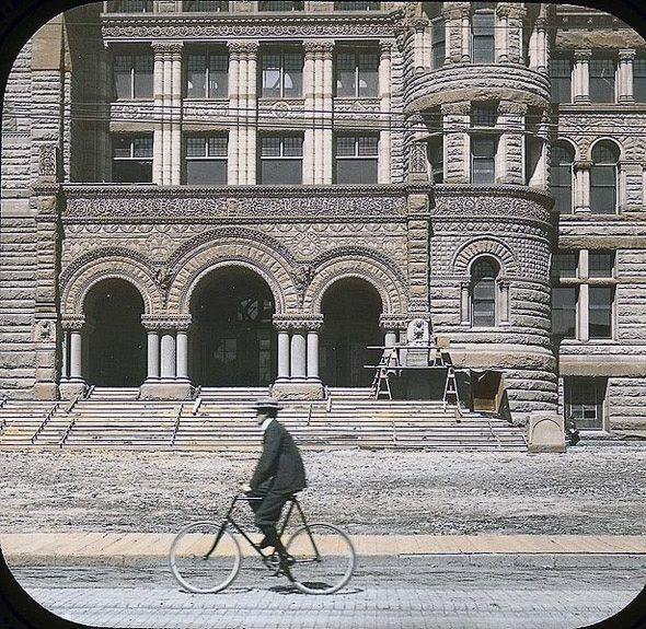 Vintage cycling photos: Passin Old Toronto City Hall when it was new, 1899