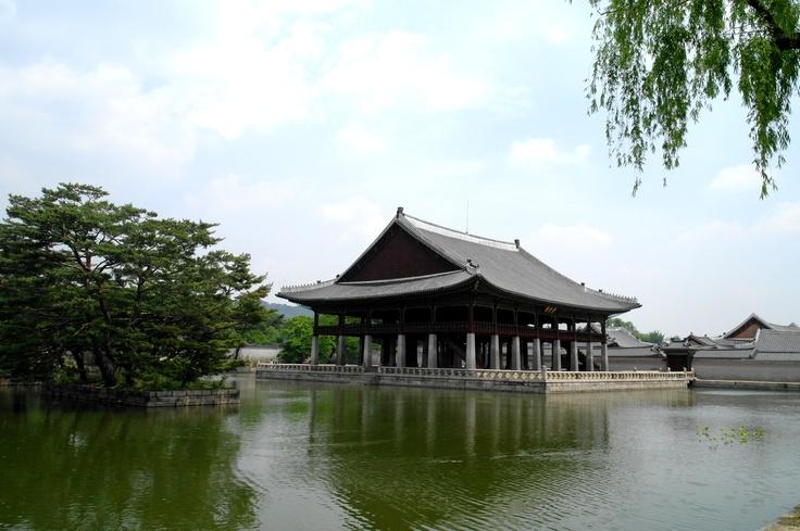 KyeongHwoi ru.