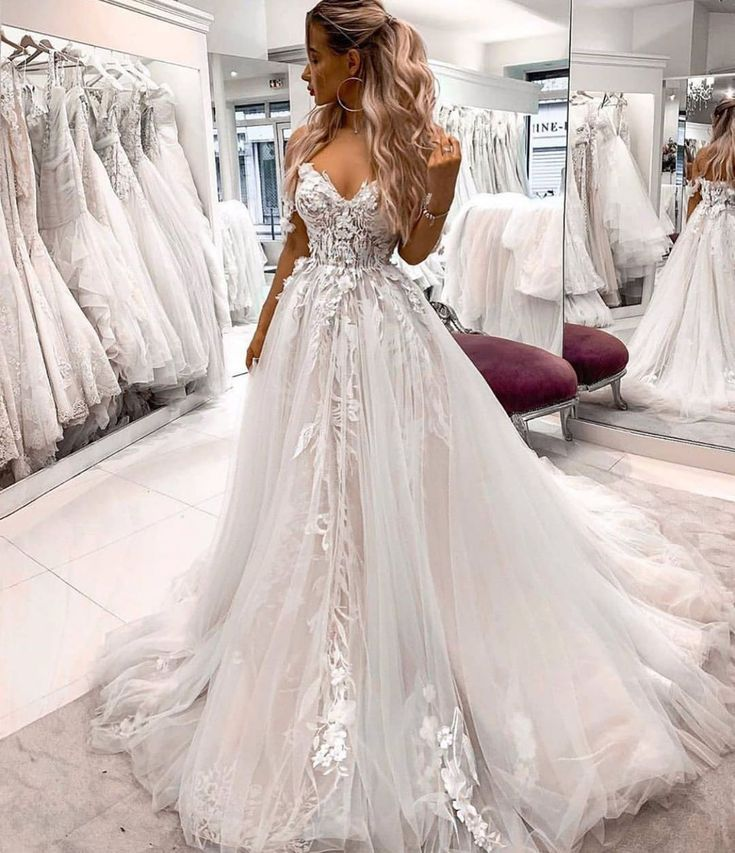 Custom Wedding Dresses And Bridal Gowns From The Usa In 2020 Wedding Dresses Lace Lace Wedding Dress Vintage Wedding Dresses