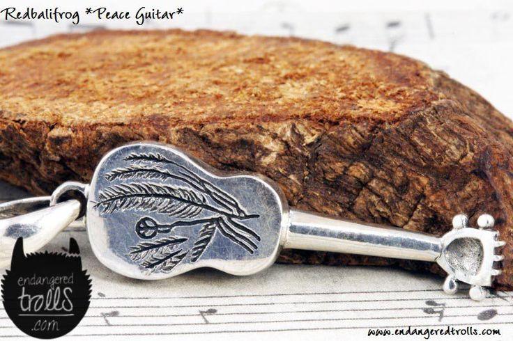 Redbalifrog Peace Guitar