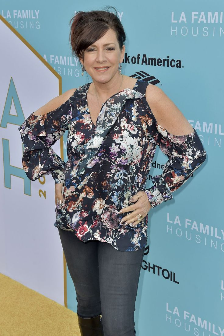 #Awards Joely Fisher - LA Family Housing Awards 04/27/2017 | Celebrity Uncensored! Read more: http://celxxx.com/2017/04/joely-fisher-la-family-housing-awards-04272017/
