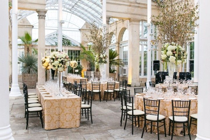 "Amazing London Wedding at Syon House Defines ""Classic Elegance"" - MODwedding"