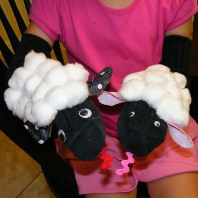 Sock Puppets - making these with my kids this arvo if they hurry up and wake up! :-)