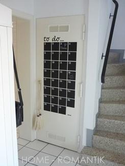 To-Do-Liste / Kalender aus Tafelfolie an Zimmertür, wunder-, wunderschön