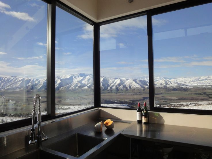 having a view from my kitchen that looked like this would allllmost make us feel like cooking! south island new zealand, again a stunner