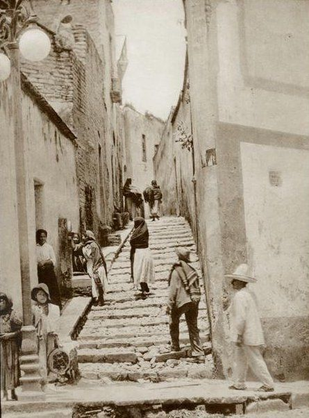 Tina Modotti, Stairway, 1928.