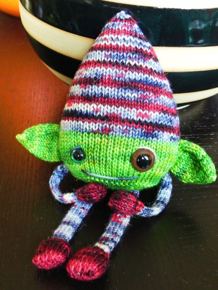 Ravelry: NoKnitSherlock's a merry minion for mostlymunchies