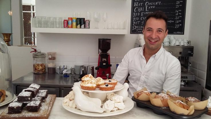 This guy trained under Jamie Oliver, and now he's back in Cape Town with a real-deal Italian eatery inspired by his mamma! Say hello to Giulio's Café...