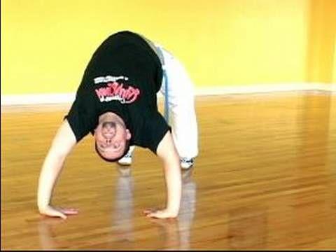 ▶ Basic Capoeira Moves: Brazilian Martial Arts : How to Ponte in Brazilian Capoeira Martial Arts - YouTube