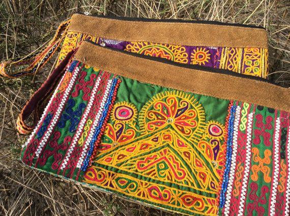 Banjara+clutch+Vinttage+Ethnic+boho+boho+style+bohemian+by+pasaje