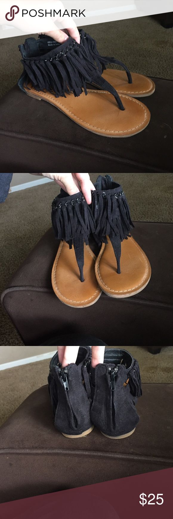 Black Fringy Not Rated Sandals! Black fringy sandals. Got from Buckle this year. Only worn 2 times. The brand is Not Rated. Really comfortable. Size 7.5. Not Rated Shoes Sandals