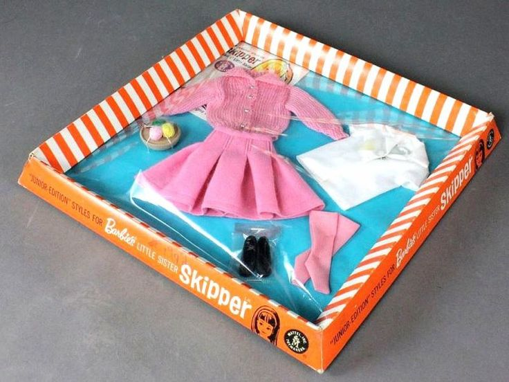 Skipper School Days outfit #1907 (1964) - Barbie Values and Barbie Price Guide