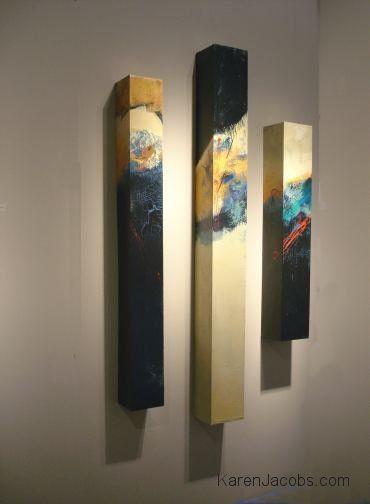 Pylons 1, 2, 3, peintures abstraites à dominante noir et beige par Karen Jacobs #painting #abstract #pylon