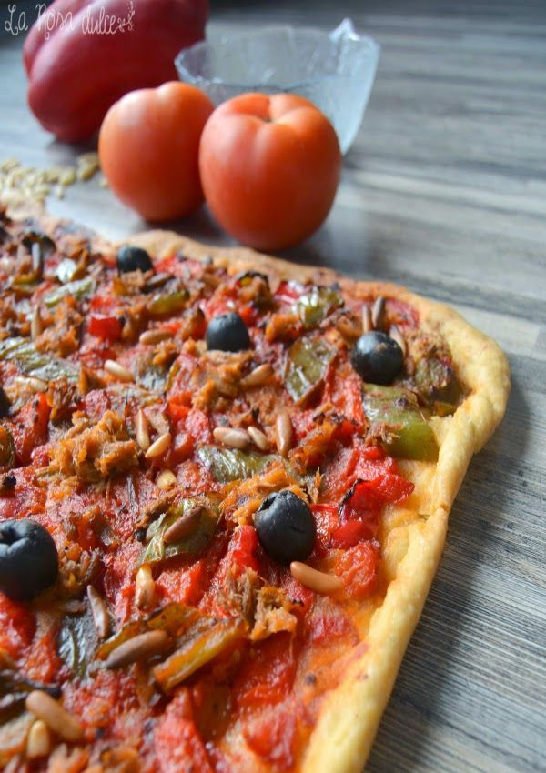 receta de coca de tomate y pimiento