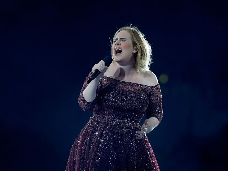 As it happened: Adele says 'Hello' to NZ - rates Auckland crowd the best she's had on tour - Transport - NZ Herald News