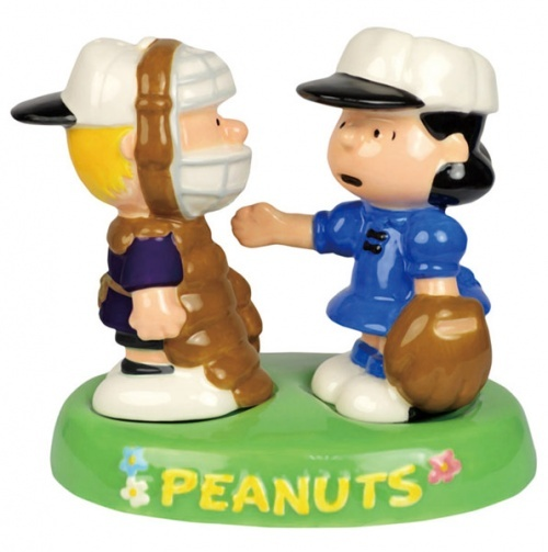 17 Best Images About Charlie Brown Salt & Pepper Shakers